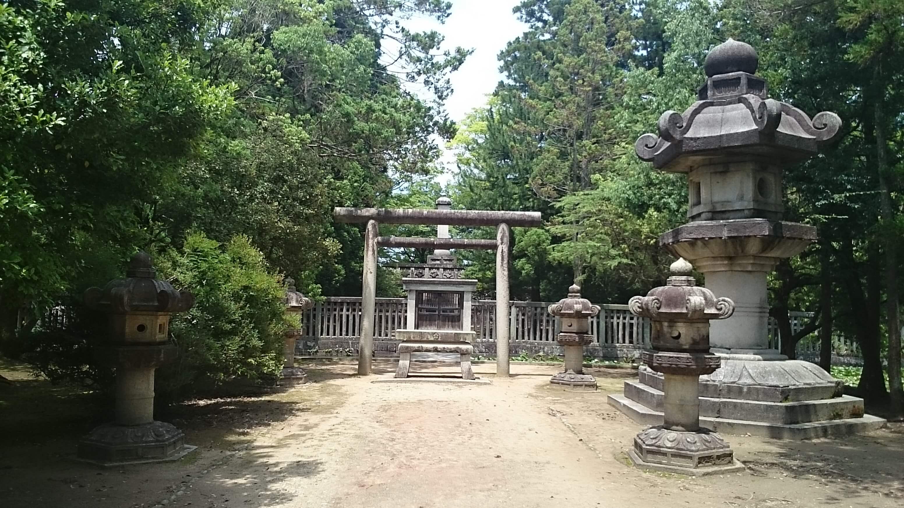 前田利長墓所①